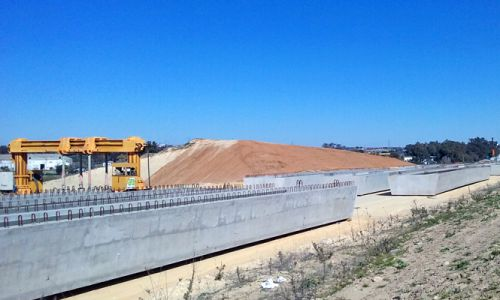 SE-40. Construction of new highway section begins, entrusting PACADAR with the supply of 112 precast box girders